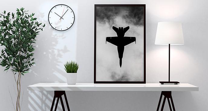 Jagdflugzeug in den Wolken