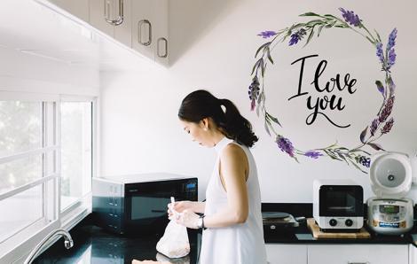 Typografischer Sticker mit Lavendel